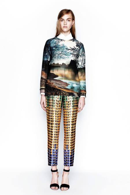 images/cast/10151428427197035=Resort 2014 COLOUR'S COMPANY fabrics x=m.katratzou london